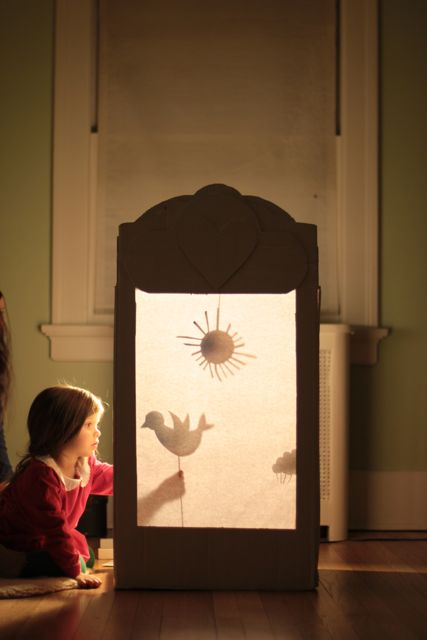 how to do a shadow puppet play